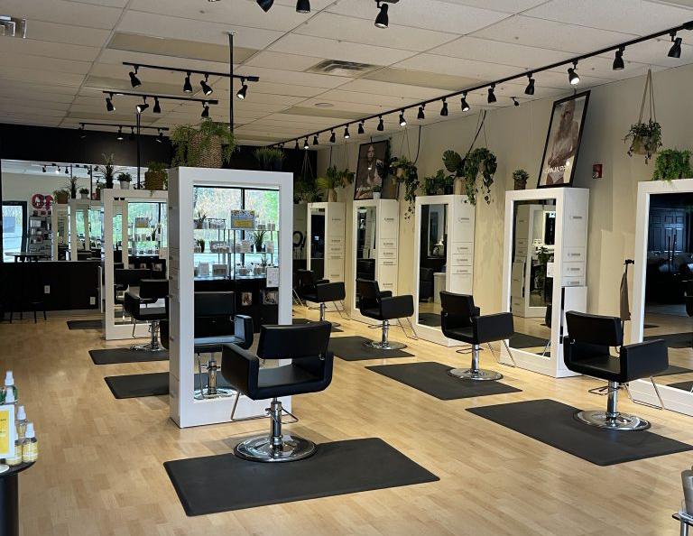 Salon Karma Tewksbury Interior